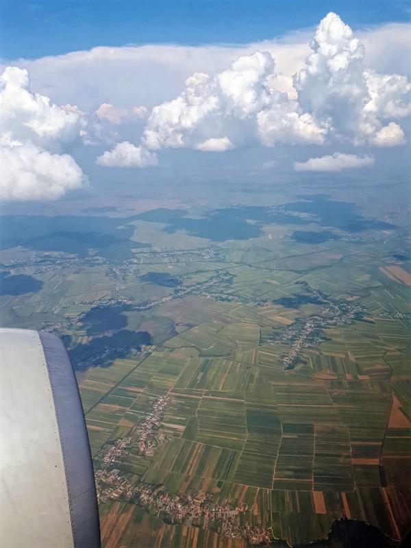 bucharest airport descent