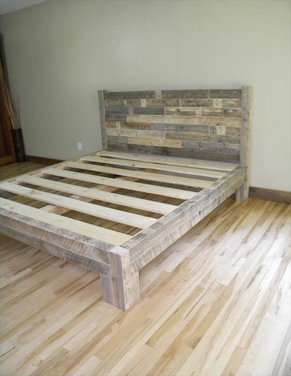 DIY Pallet King Size Bed | Pallet Furniture Plans on Bed Pallet Design  id=82387