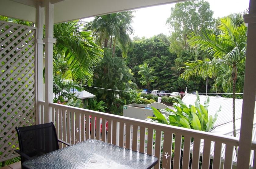 Balcony 1 Bedroom Apartment