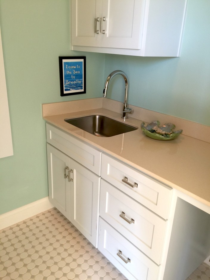 PDD design home laundry room
