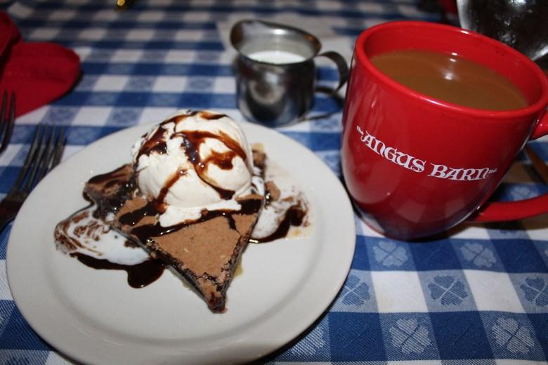 Angus Barn Chocolate Chess Pie