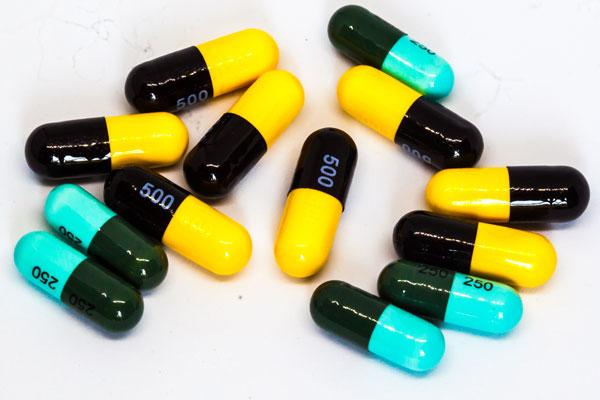 image of amphetamine capsules