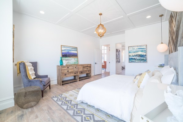 Legend Creek | Master Bedroom | Palms to Pines