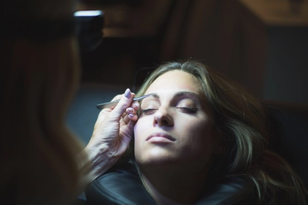 Eyebrow Extensions | Palms to Pines