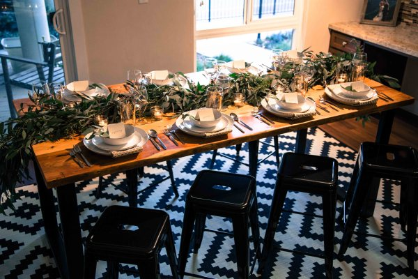 Friendsgiving | Thanksgiving table | Palms to Pines