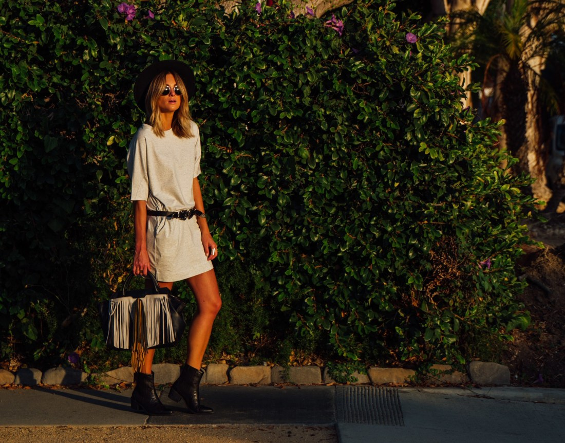 T-shirt Dress on Jen Hawkins style blog