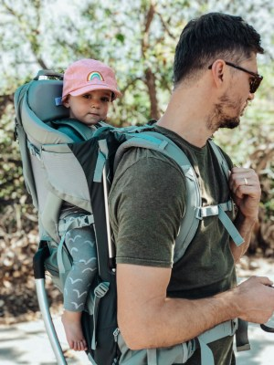 THULE Sapling Carriers | Best baby carriers for hiking