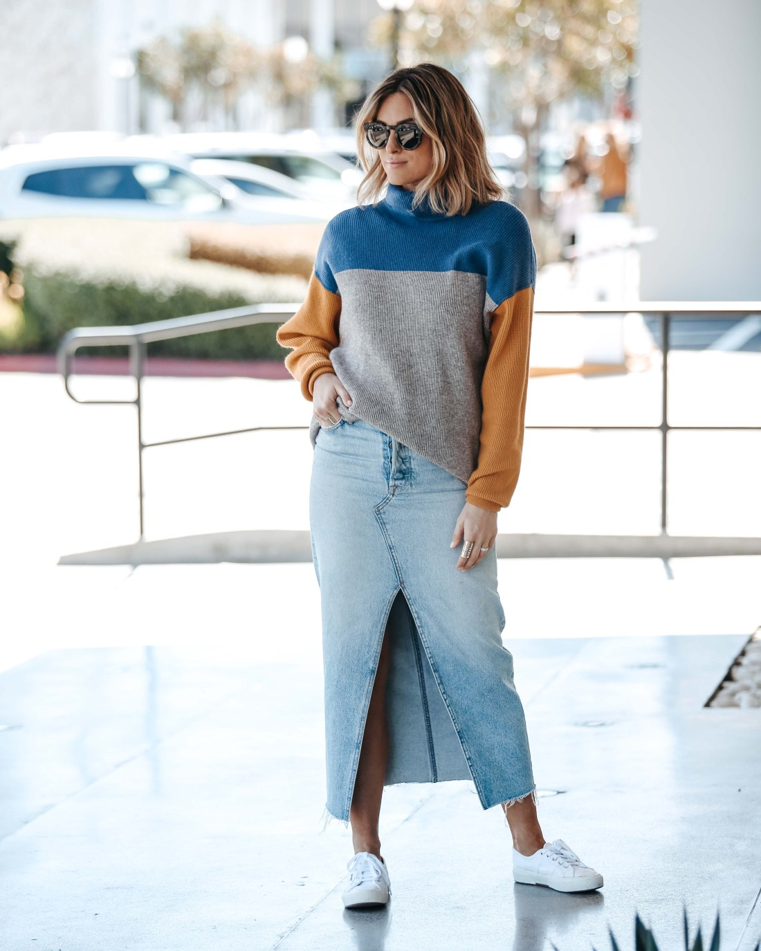 Colorblock Sweater Free People | High Rise Denim Midi Skirt | White Sneakers