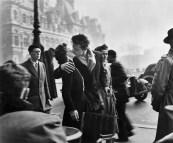 Le Baiser de l'hôtel de ville, Robert Doisneau (1950)