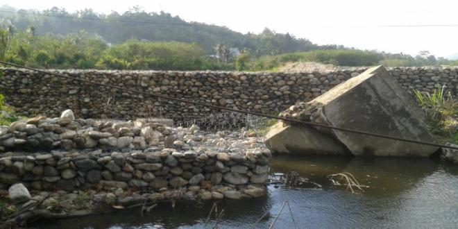 Proyek Normalisasi Sungai Mewe Asal Jadi