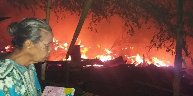 Tujuh Rumah di Kampung Buol Tolitoli Ludes Terbakarbakar
