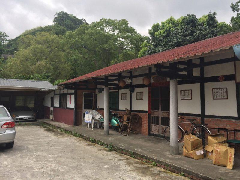 傳統的三合院式建築