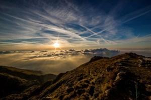 clouds-contrails-dawn-65865 (3)