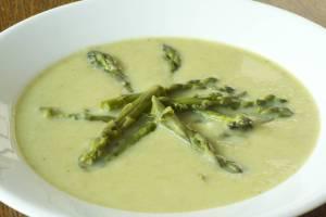 creamy-asparagus-soup