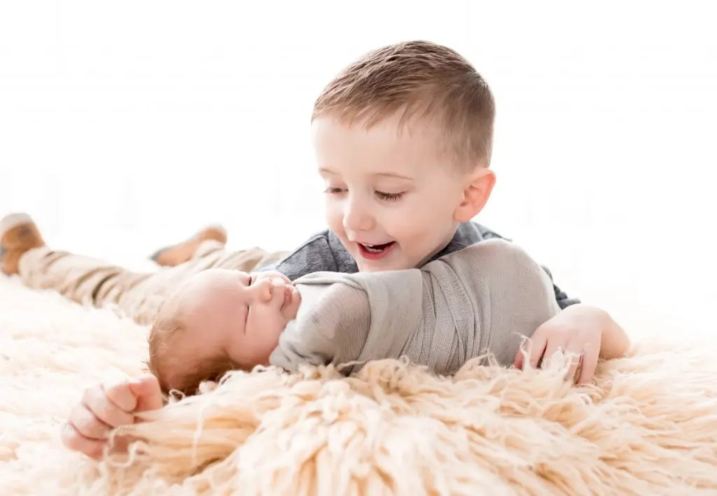 Sibling Newborn Photos Ohio