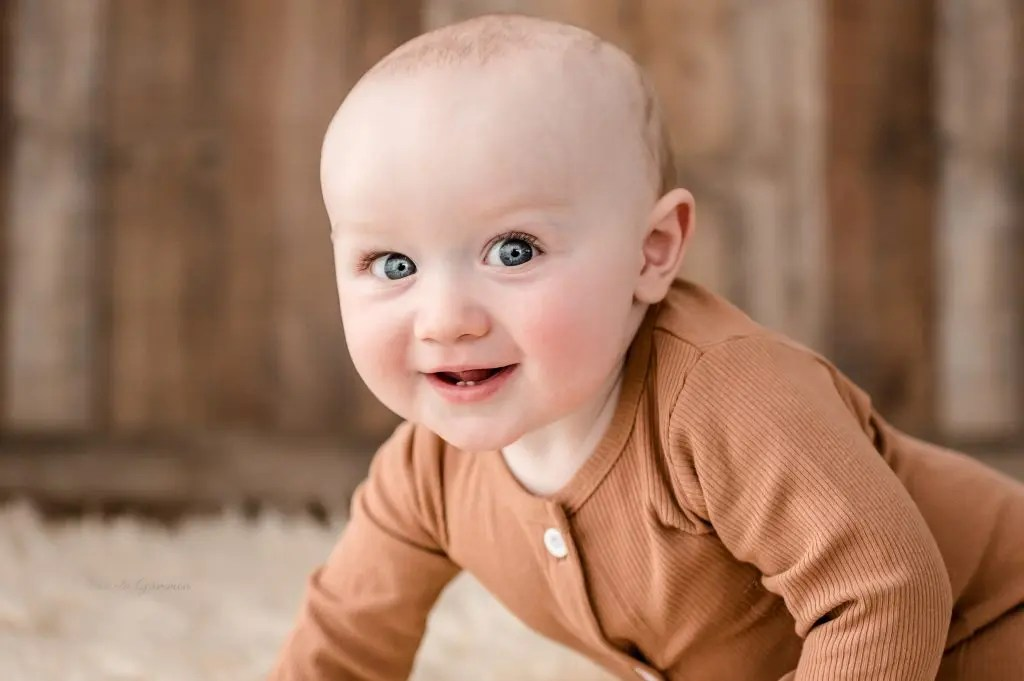 9 Month Baby Photography
