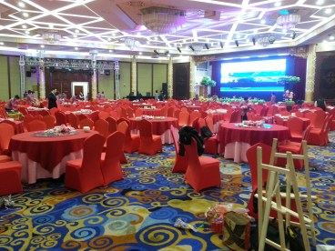 400 guests!