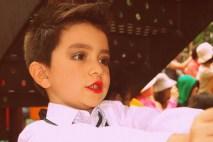 Leo in red lipstick