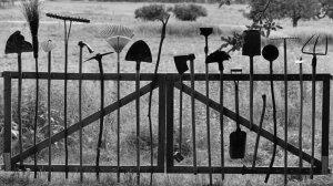 Enfoncer les clous en milieu rural