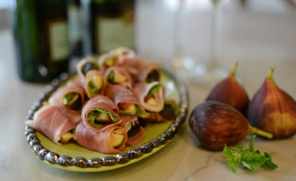 Fig Prosciutto and Basil Bundles