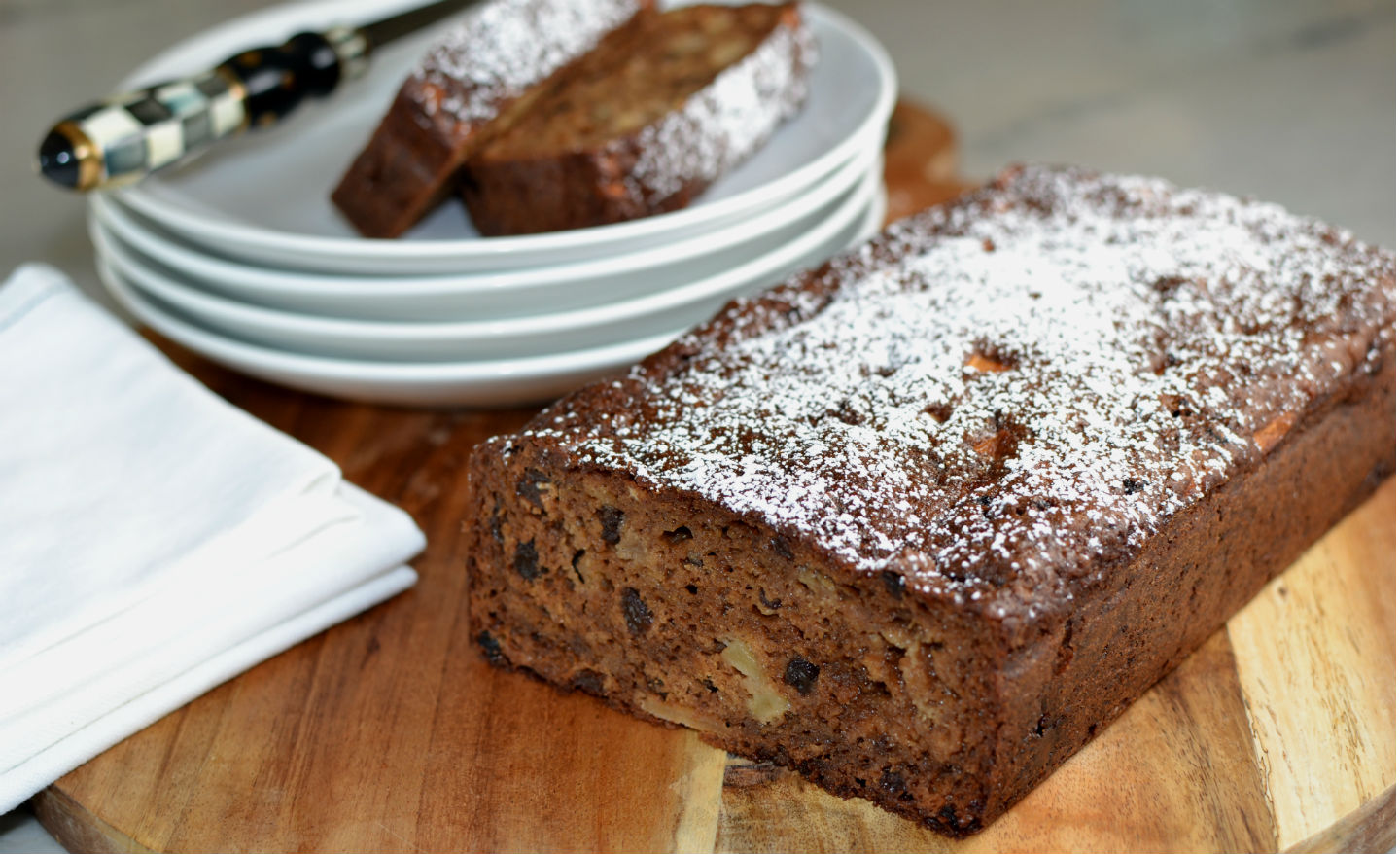 Apple Currant Loaf