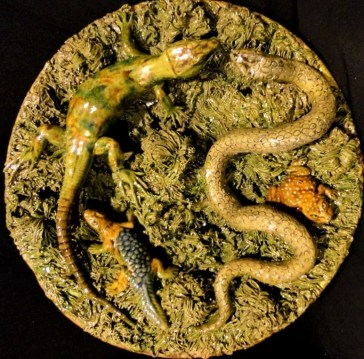 Plate with lizards and snake