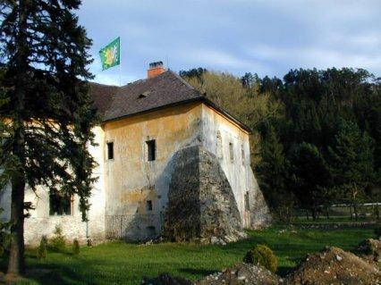 časť hradu Liptovský Hrádok