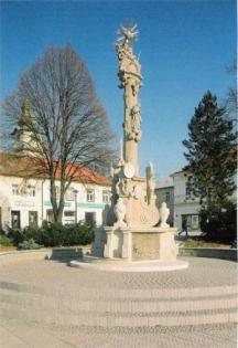 Morový stĺp na námestí v Prievidzi