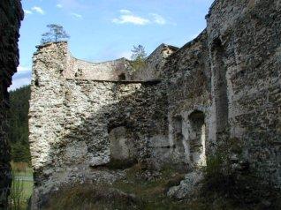 ruiny hradu Liptovský Hrádok