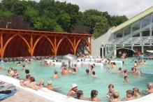 polokrytý sedací bazén - Kúpalisko Veľký Meder