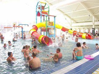 rodinno-zábavný krytý bazén - Kúpalisko Veľký Meder