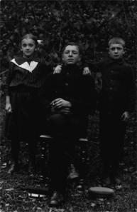 Florian Piłasiewicz z siostrzeńcami
