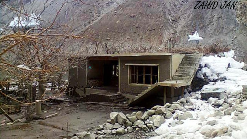 Gojal: Lake drainage continues slowly