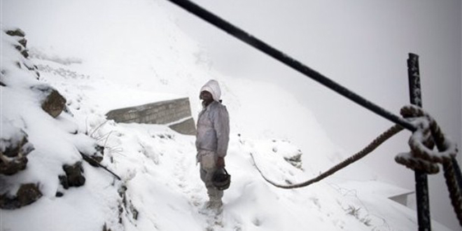 ISPR released names of 135 soldiers and civilians hit by snow avalanche in Gayari, Skardu