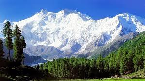 Mountain killings threaten Pakistan's tourist economy