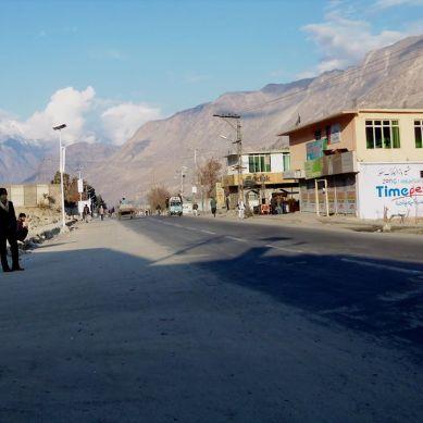 Lawlessness: Markets, University, Cellular networks shut down in Gilgit-Baltistan
