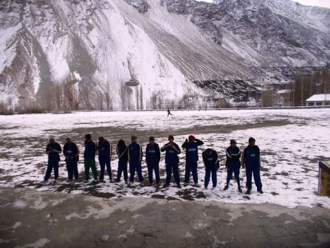 Team Ghulkin was wearing Blue uniform while Gulmit Young Stars players were clad in yellow outfits