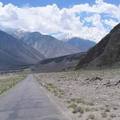 1500 strong force to protect Karakoram Highway, says Barjees Tahir