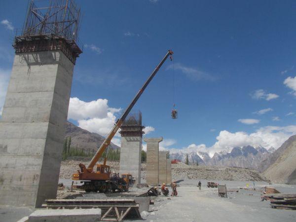 Work on an under construction bridge has been restarted. Photo: Mirbaz Mir