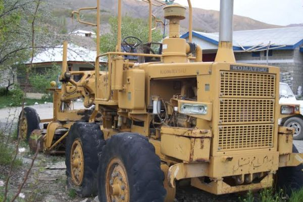 The road leveler that has been sitting idle for more than a decade