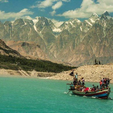 Local sightseers inject new life into Hunza Valley