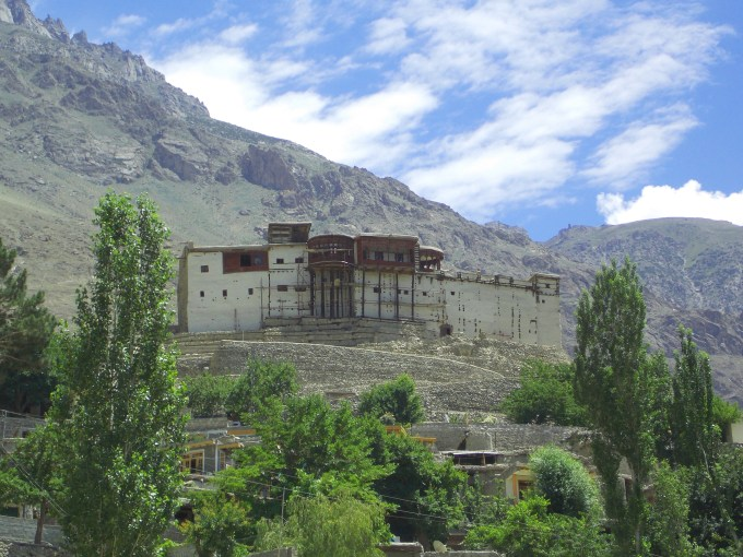 Set in a picturesque backdrop, the Baltit Fort attracts thousands of local, national and international tourists every year