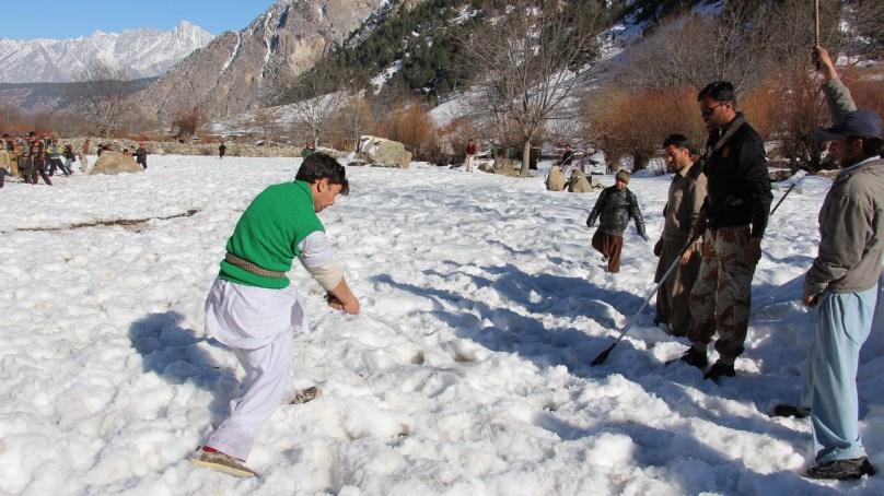 "Kalash Valley's Indigenous ""Snow Hockey"" Tournament held – Pictorial"