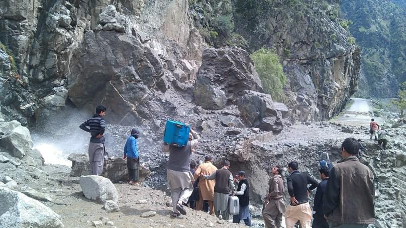 Desperate passengers start walking on the Karakoram Highway – Pictorial