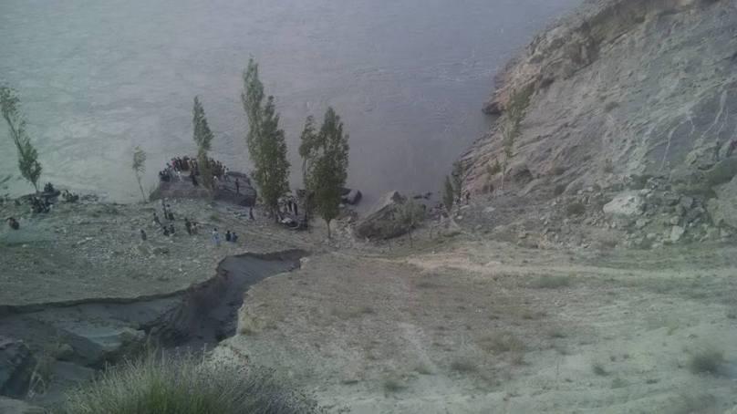 Skardu: Car plunges into Indus River