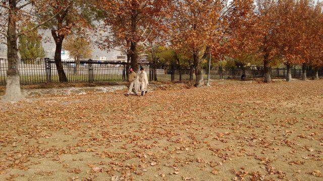 autumn-in-gilgit-city-5