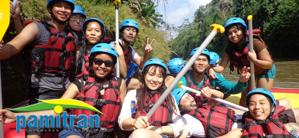 Rafting Elo River