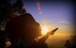 golden sunrise dieng