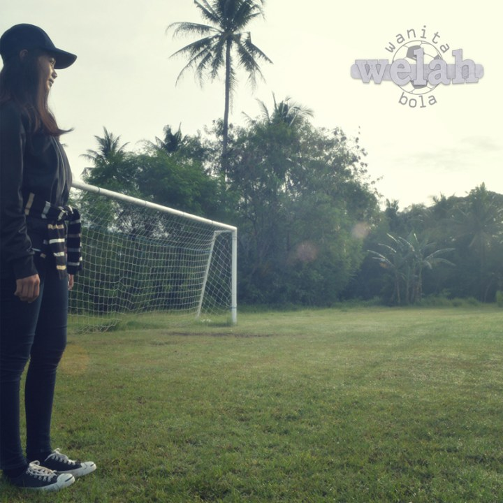wanita-bola-artwork