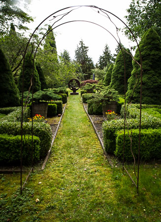 Bassetti's Gardens formal walkway